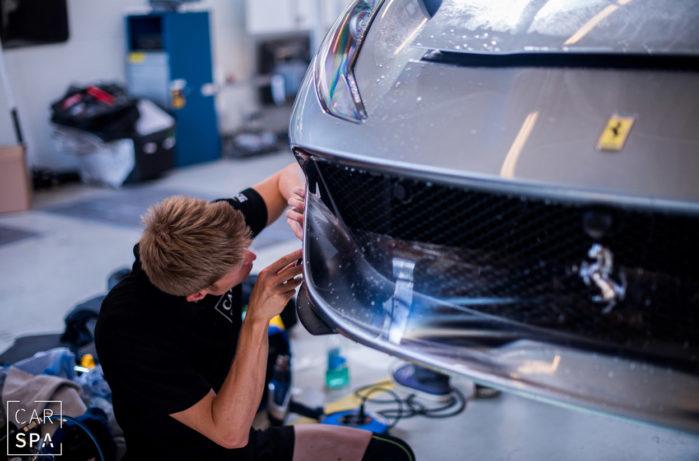 Ferrari 812 Superfast, CarSPA, detailing, powłoki ochronne, powłoki ceramiczne, hydrofobizacja szyb, powłoki ochronne, carwash, korekta lakieru, zabezpieczenie samochodu, stylizacja foliami,