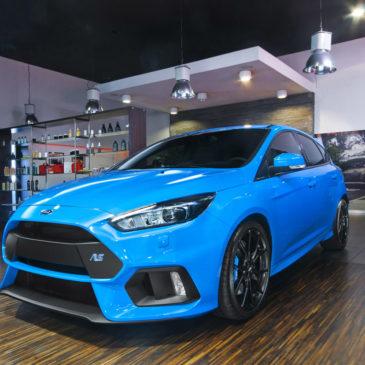 Ford Focus RS, CarSPA, detailing, powłoki ochronne, powłoki ceramiczne, hydrofobizacja szyb, powłoki ochronne, carwash, korekta lakieru, zabezpieczenie samochodu, stylizacja foliami,